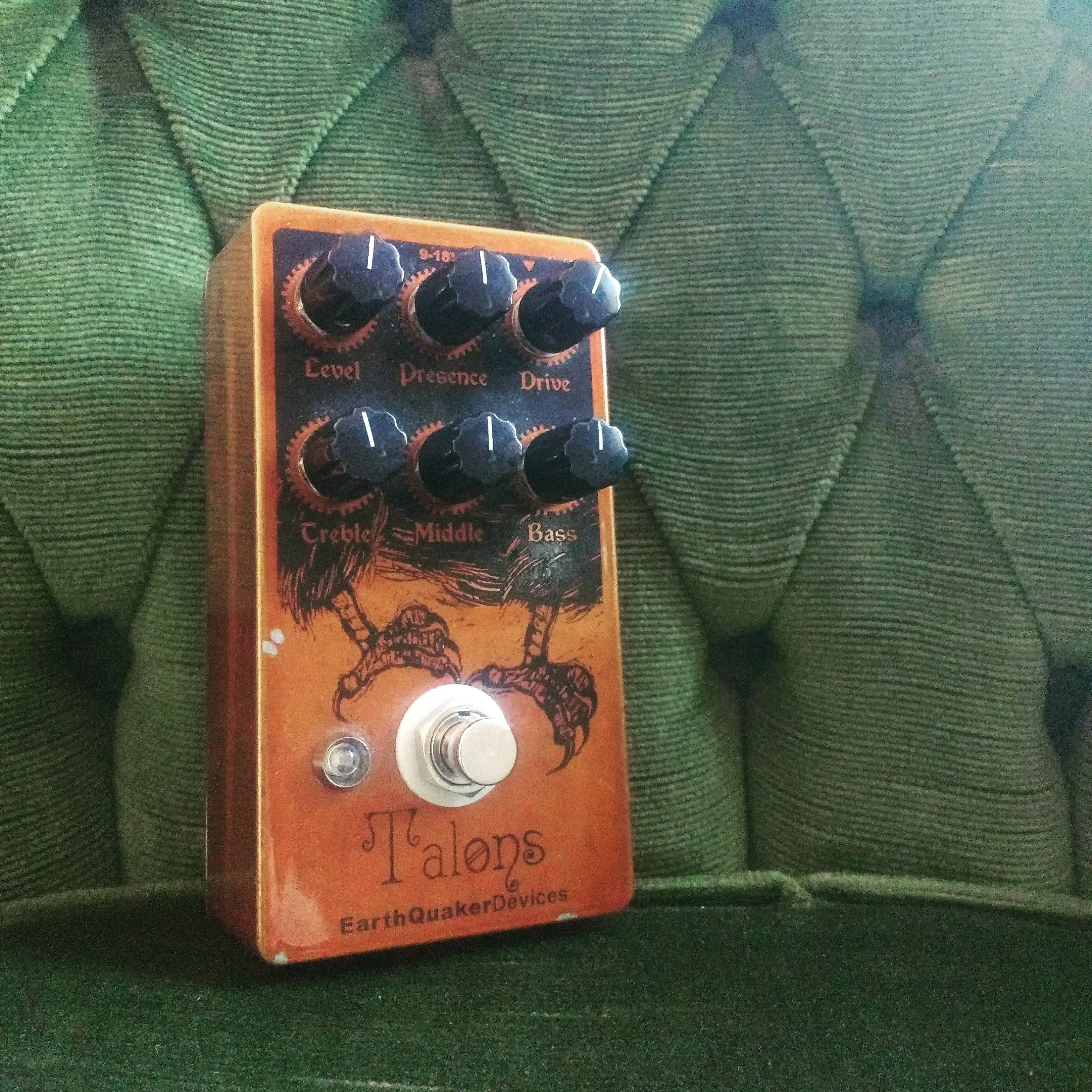 EarthQuaker Devices Talons switch replacement
